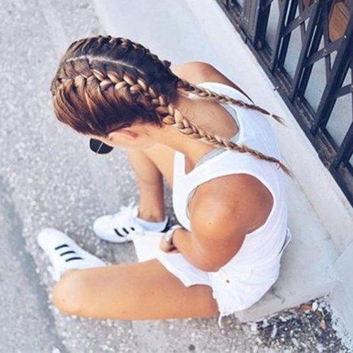 #dutchboxer #weather #stylish #braids #trendy #sporty #proof #night #worry #easy #free #and #for #day #out- Dutch/Boxer Braids $30 Sporty, easy, and weather proof. So stylish and trendy for a day or night out worry free. #boxer Braids paso a paso