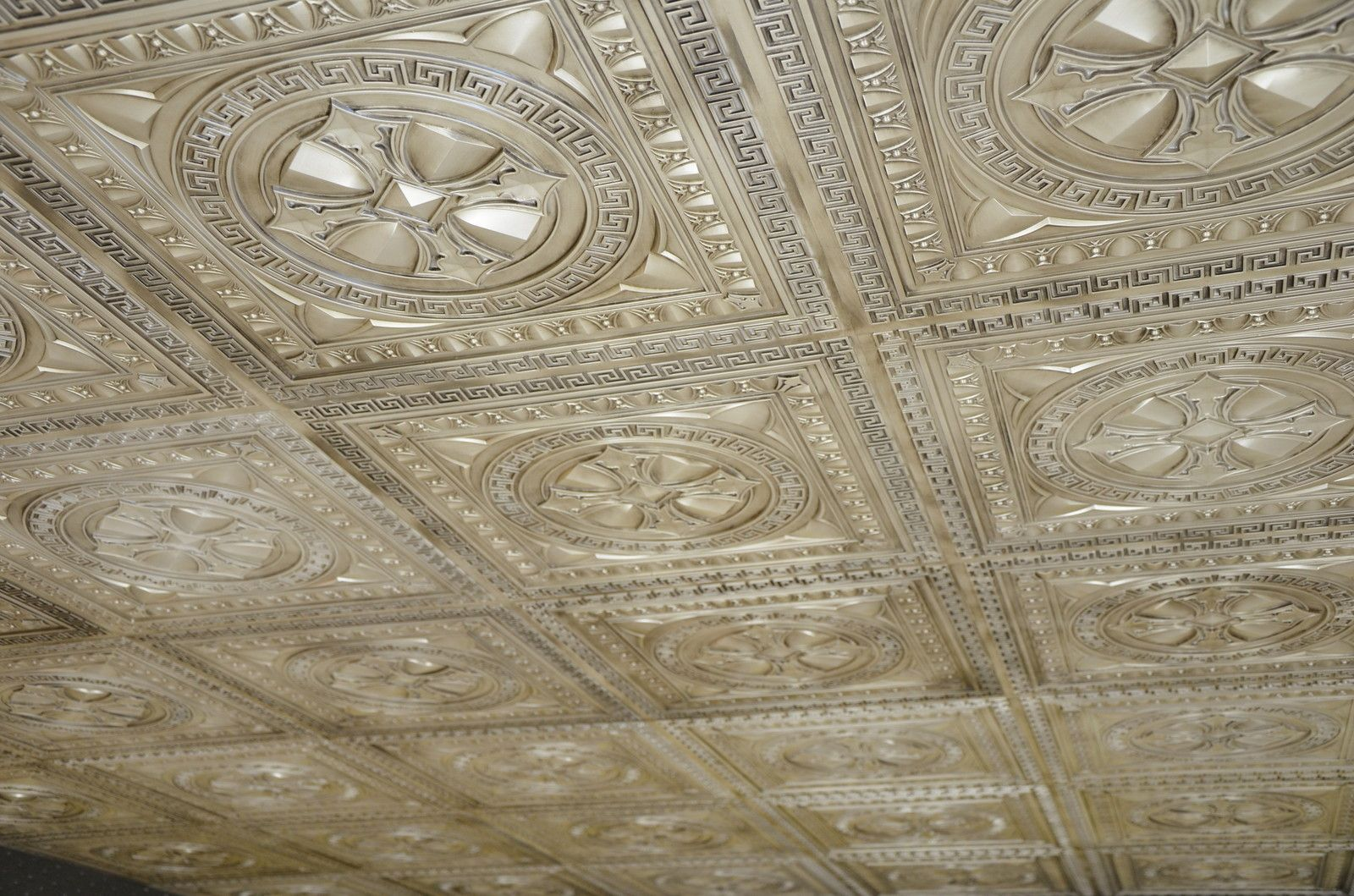 Embossed wallpaper ceiling wallpaper fever finishing touches ceiling dailygadgetfo Images