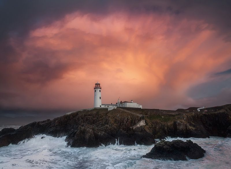 Fanad Lighthouse via http://www.davidclapp.co.uk/