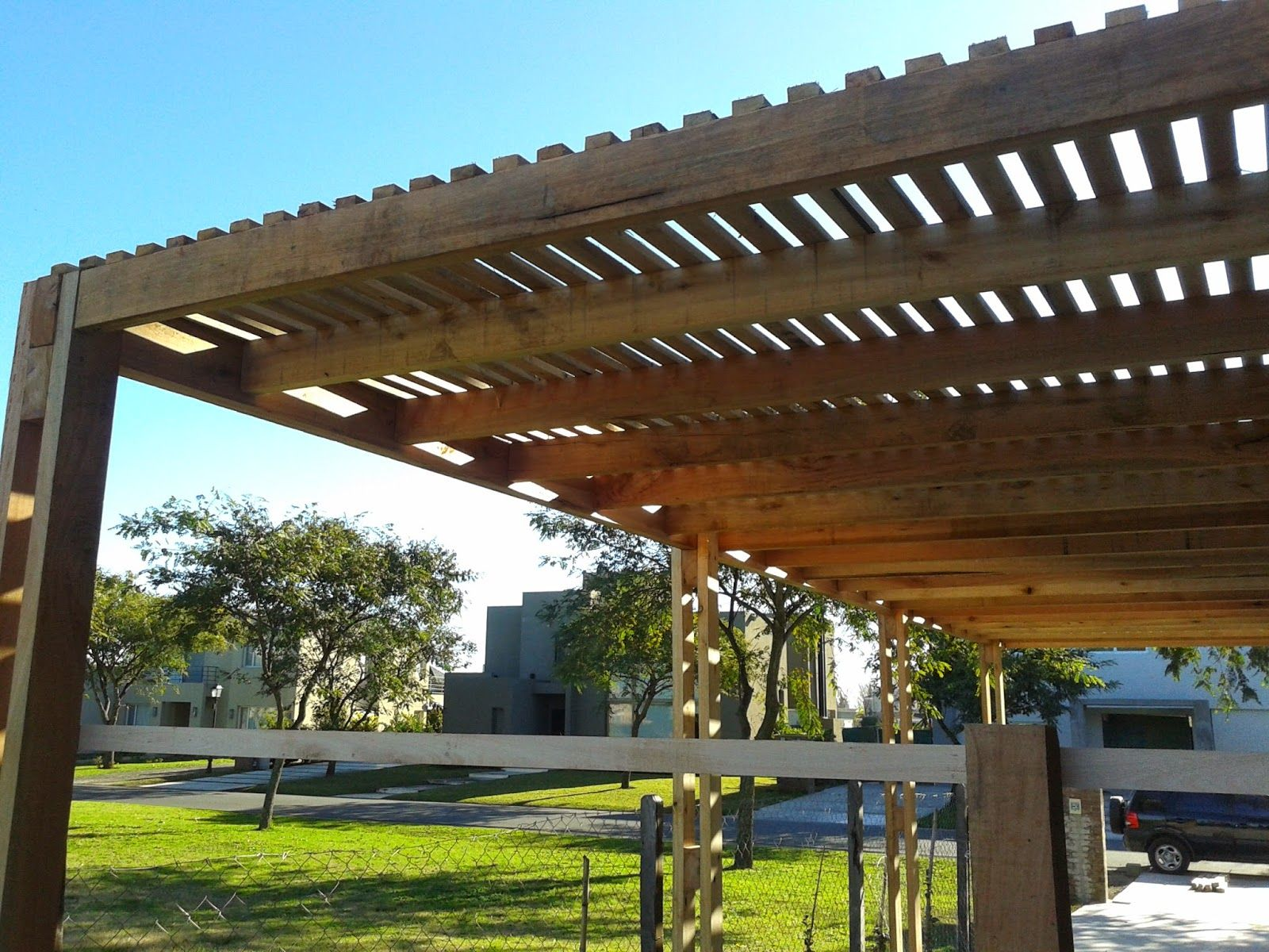 Zinka info pergolas de madera y metalicas - Pergolas para terraza ...