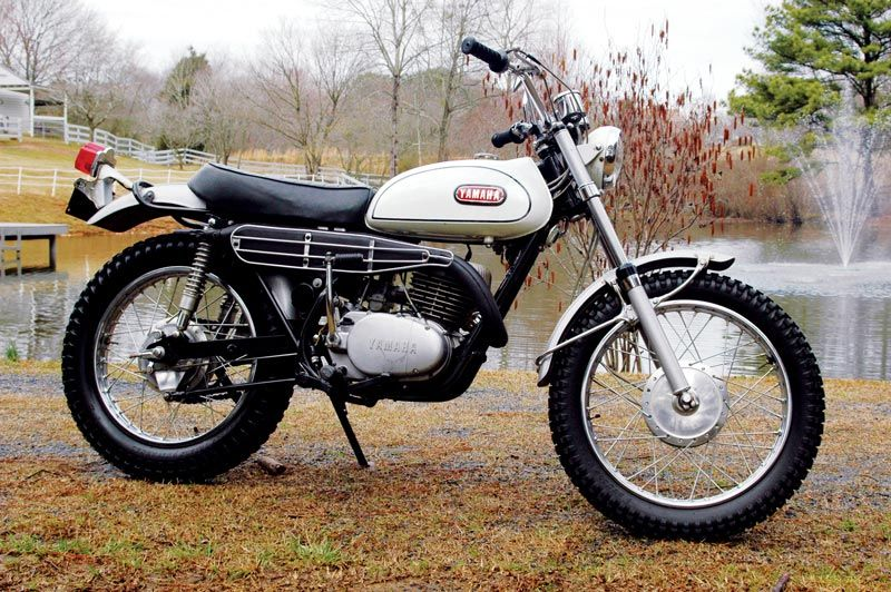 1968 Yamaha Dt 1 Classic Japanese Motorcycles Motorcycle Classics Yamaha Dirt Bikes Japanese Motorcycle Yamaha Bikes