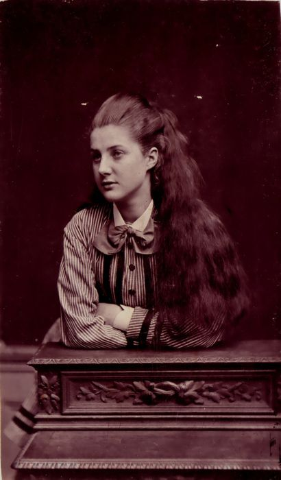 A charmingly beautiful young Victorian woman with long, wonderful locks. #Victorian #vintage #antique #woman #hair