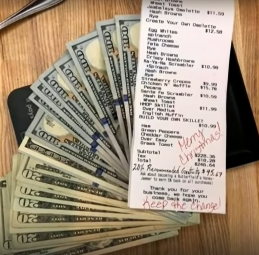 Waiter hispanic immigrant received an amazing tip of over