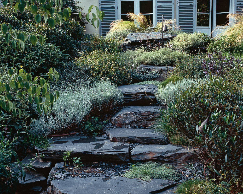pingl par emmanuel regent sur jardin min ral jardins jardin mineral et jardin m diterran en. Black Bedroom Furniture Sets. Home Design Ideas