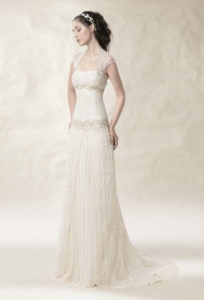 vestido de novia de reestreno en el tocador vintage | wedtool | ropa
