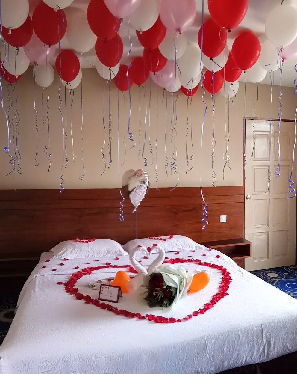 Room Decor With Balloon Helium Balloons Ideas Tel Beautiful Flowers