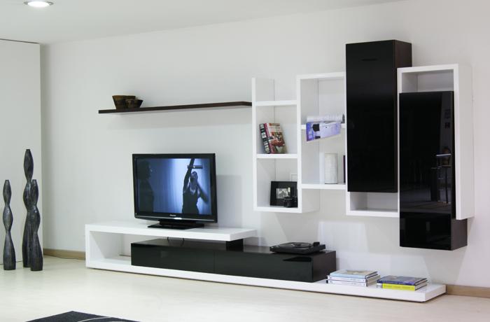 Los muebles auxiliares son perfectos para que nuestros for Mueble que esconde la tv