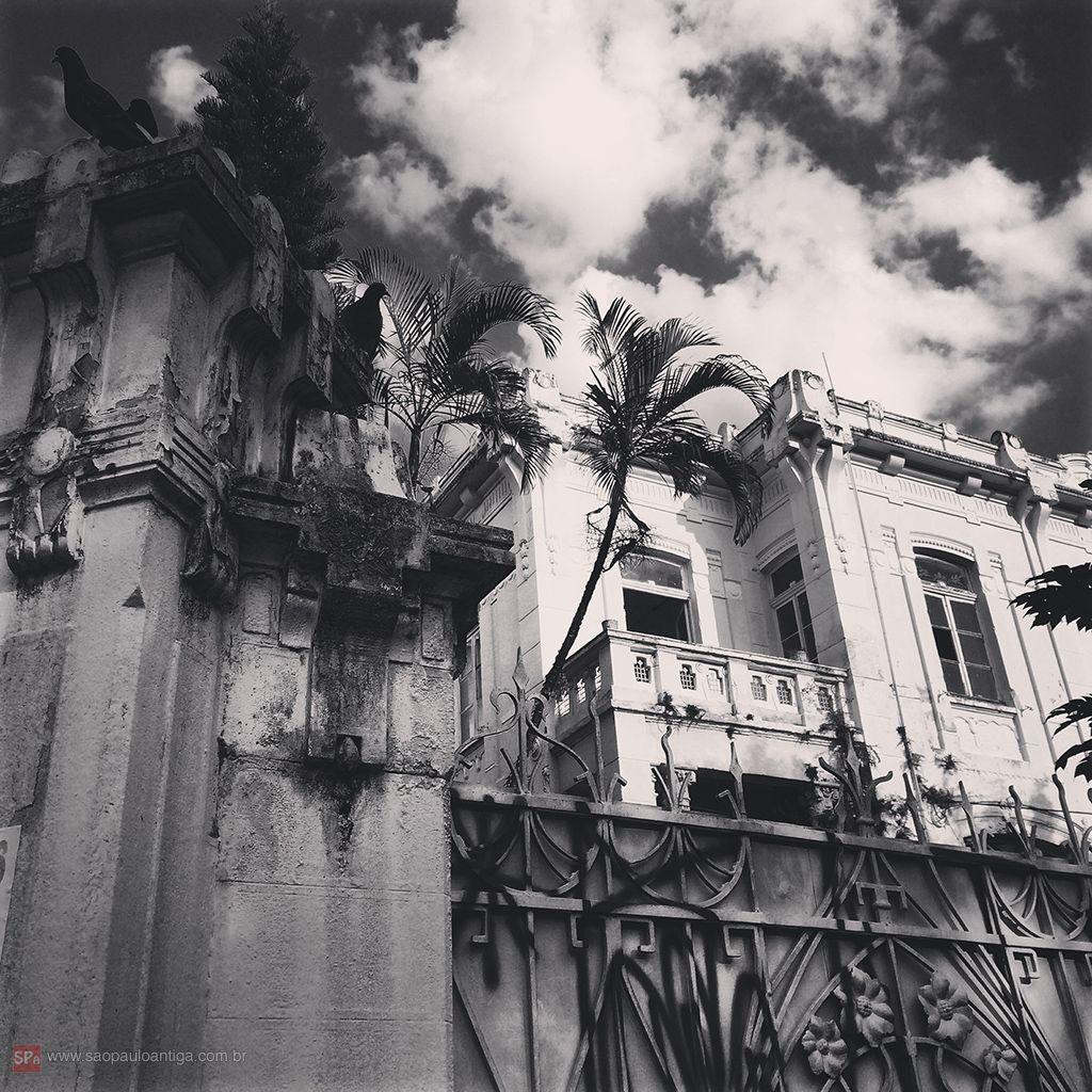 Mansion at Conselheiro Nebias street, Sao Paulo - Brazil