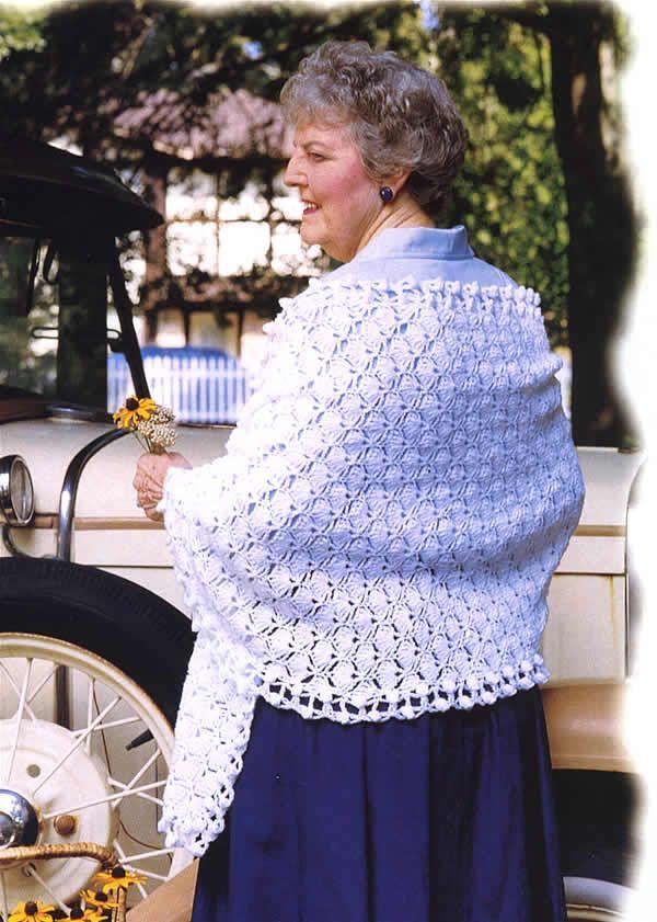 Talking Crochet ... White Shawl - free crochet pattern
