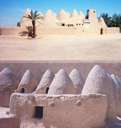 In the oasis village of Awjila is Atiq Mosque - the oldest mosque in the Sahara desert of the Cyrenaica region of eastern Libya. » Tripfreakz.com