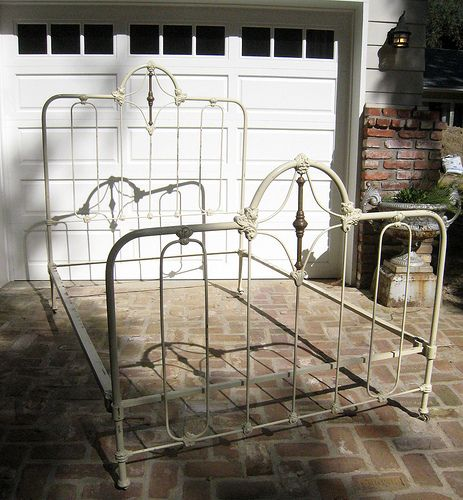 antique wrought iron bed frame flickr photo sharing - Vintage Iron Bed Frames
