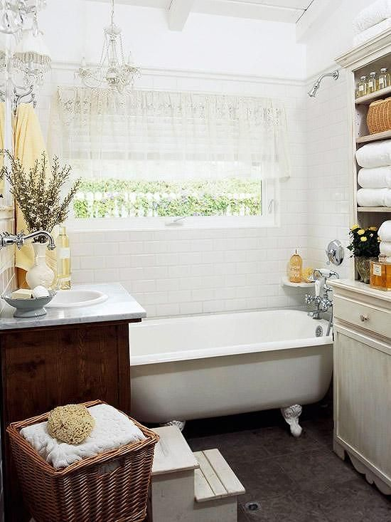 Our Favorite Small Baths That Live Large Clawfoot Tub Bathroom
