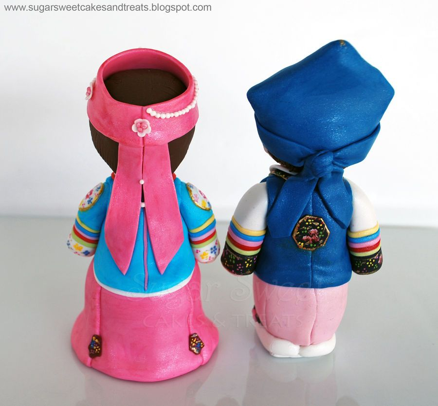 Hanbok Dol Figurines Boy and Girl — 3D Figures Boy or