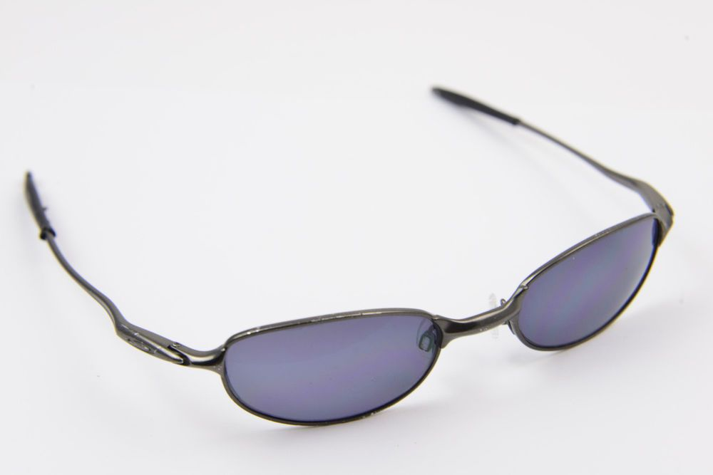 Oakley sunglasses E Wire 2.1 Gunmetal Black/Black Iridium | Clothing ...
