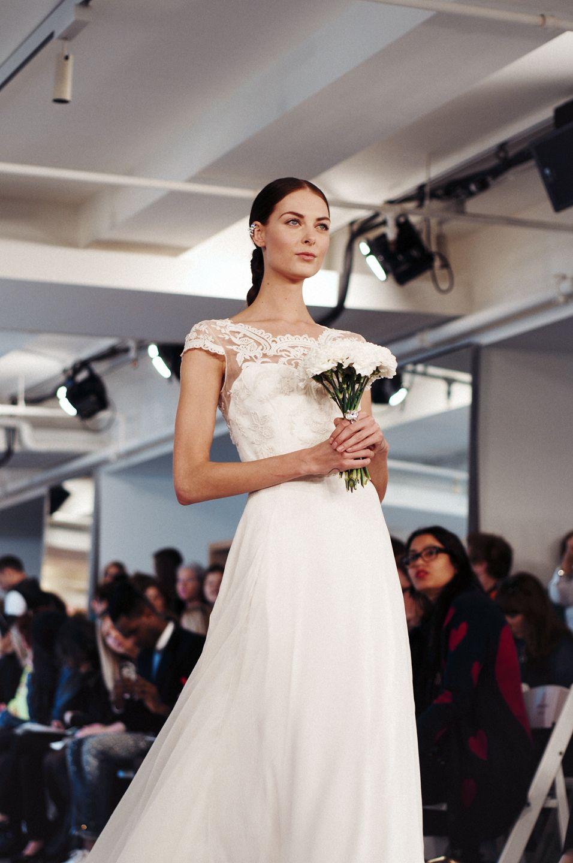 imagetwist.com имг imagesize:956x1440 @@@!! ^  Volume - Oscar de la Renta Bridal 2015 - #odlr www.ninagarcia.com   Bridal  2015   Pinterest   Bridal 2015, Wedding and Wedding dress