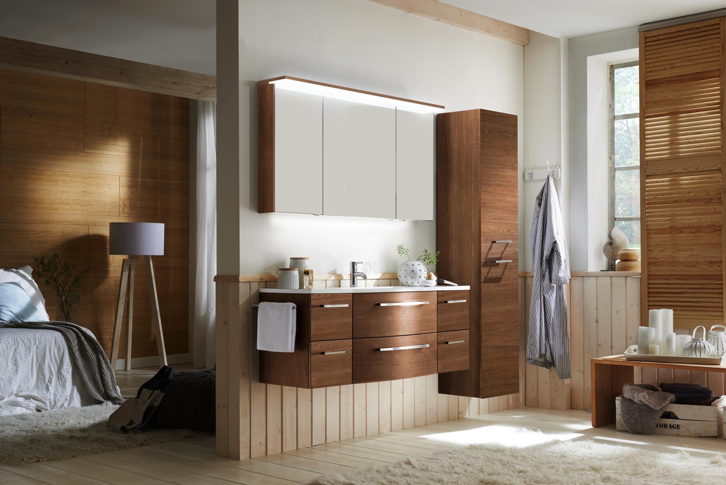 hochwertige einrichtung so wird ihr bad zur wellness. Black Bedroom Furniture Sets. Home Design Ideas