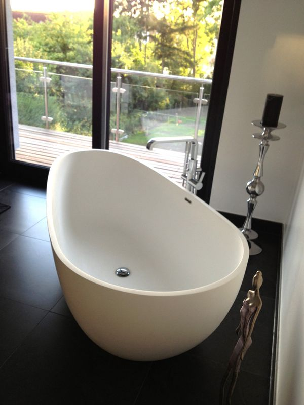 Kleine Ei-Badewanne BW-01-L aus Mineralguss Bad Pinterest - freistehende badewanne fur wellness gefuhl im eigenen badezimmer