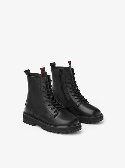 LEATHER ANKLE BOOTS in 2020 | Leather ankle boots, Boots