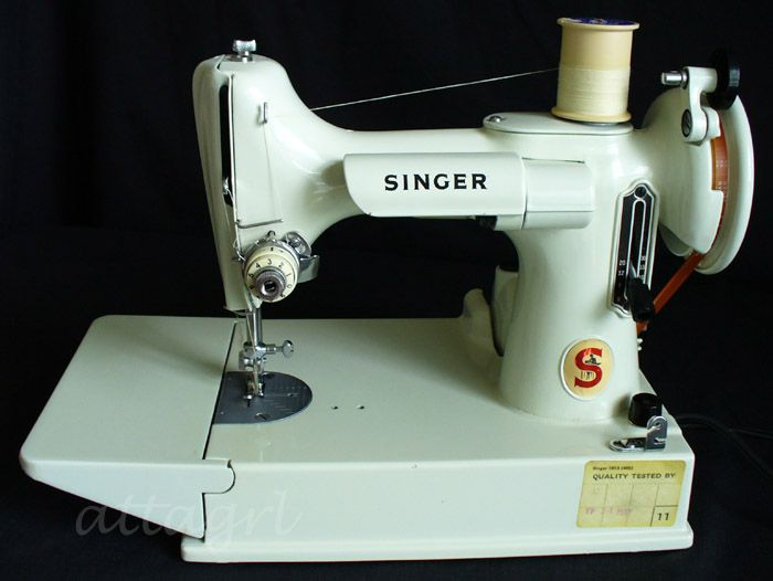 vintage white singer sewing machine coudre pinterest