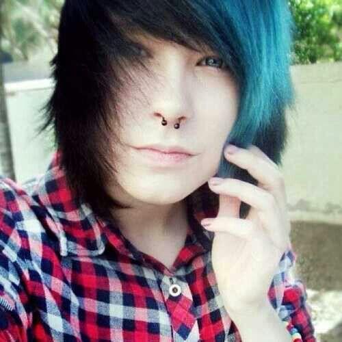 Emo Boy Black And Blue Hair Blue Eyes Emo Hair Styles