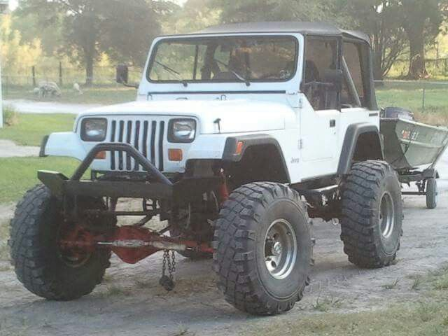 1990 Jeep Yj 16in Lift On 40 Military Tires D60 Front 14 Bolt Rear And Chevy 350sb Jeep Yj Jeep Wrangler Yj Jeep Lover