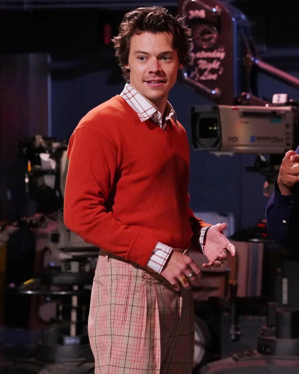 Harry Styles Performed the Outfit Achievement of a Lifetime