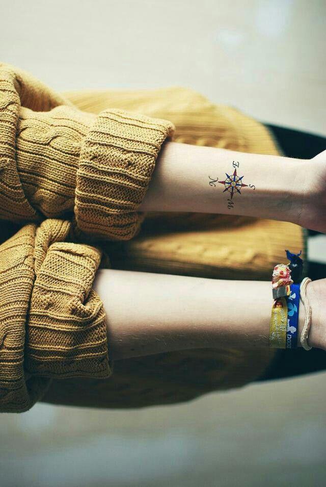 Pin By Mayar Albahar On خلفيات Small Compass Tattoo Compass Tattoo Tattoos