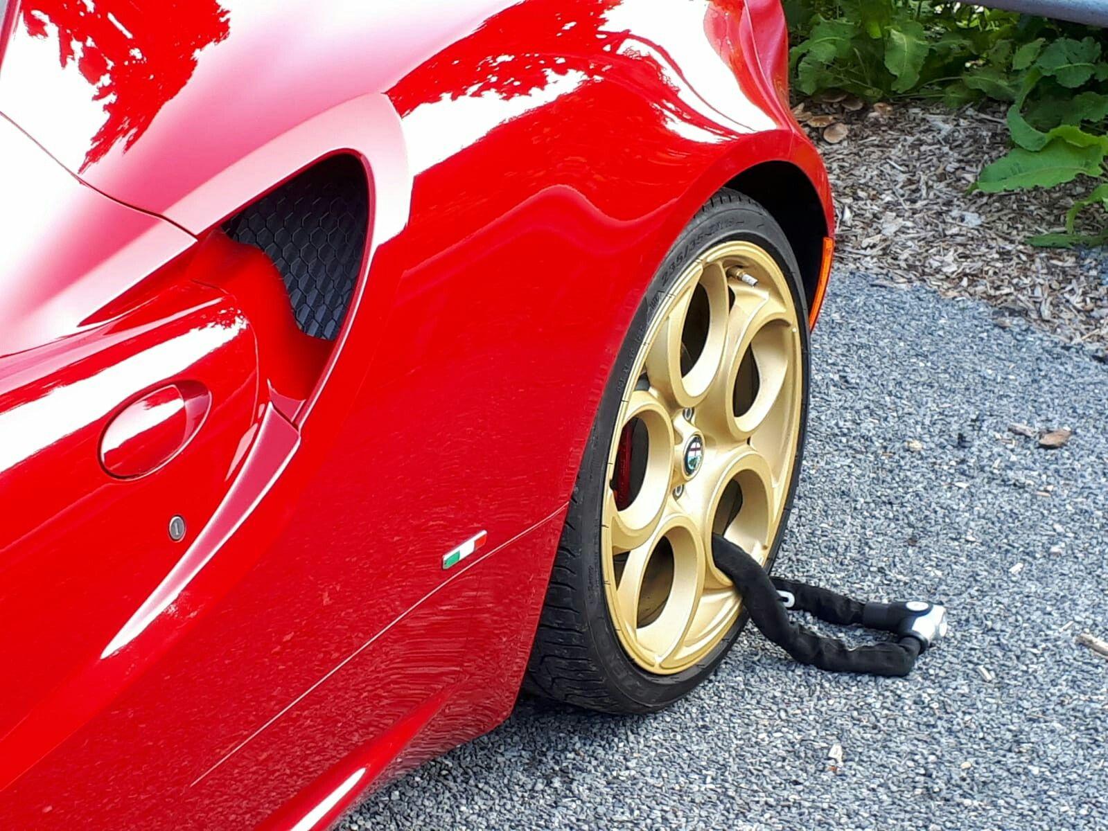 4c Golden Rim With Lock