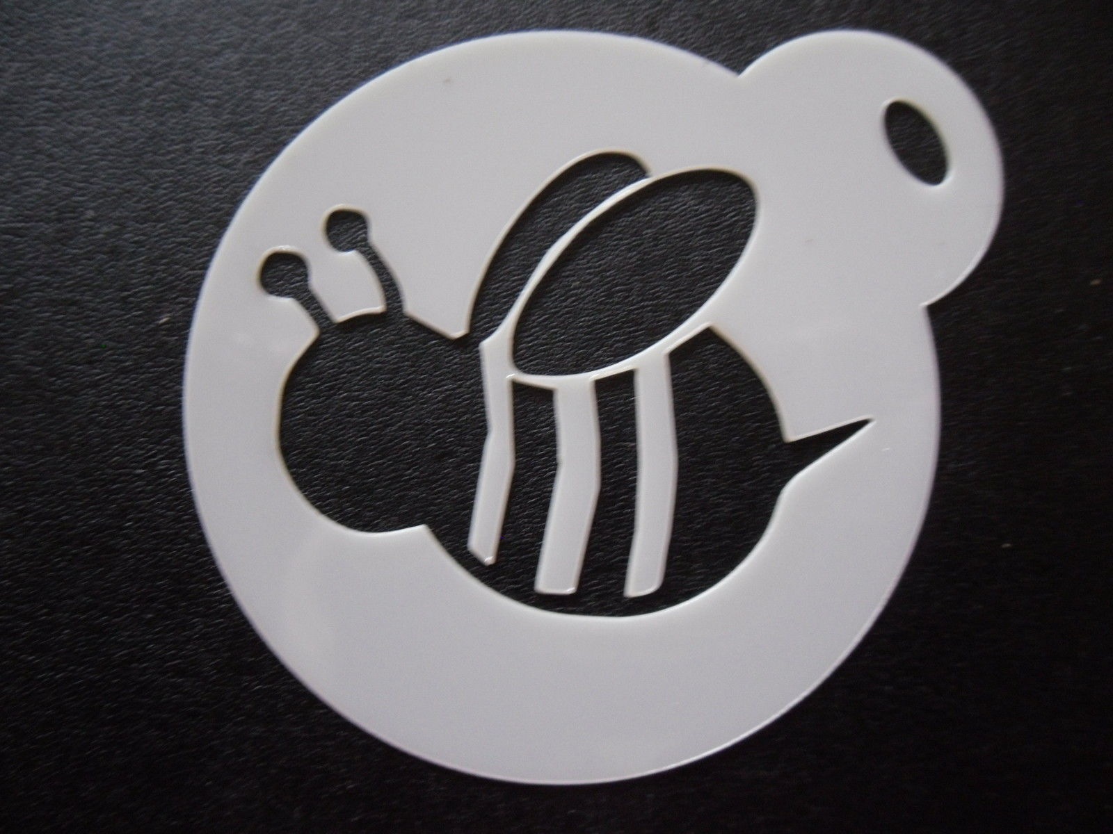 2 GBP Laser Cut Small Bumble Bee Design Cake Cookie Craft & Face