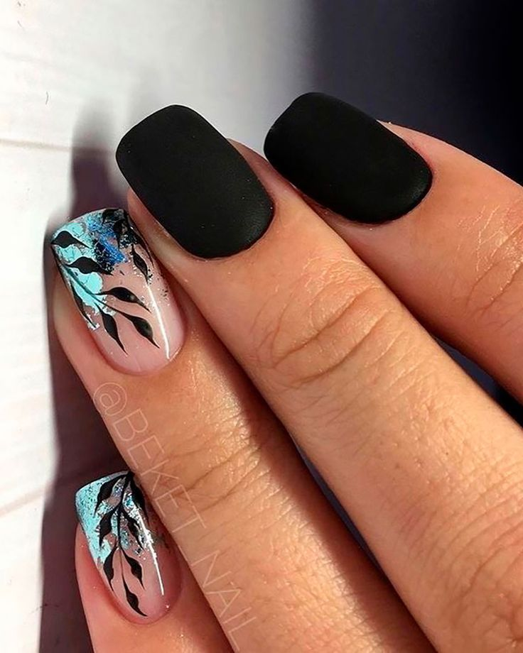 Short Black Nails Acrylic With Glitter Leaves Nails Design Short Acrylic Nails Best Acrylic Nails Gel Nails