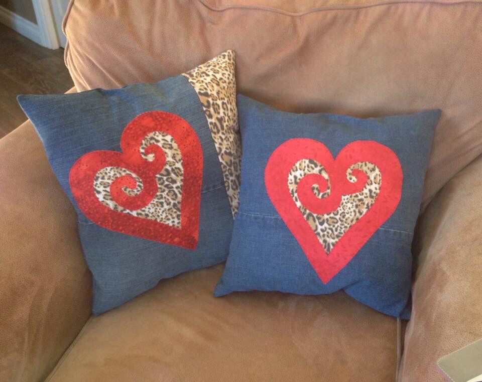 Appliqué heart pillows by Rustic Crafts