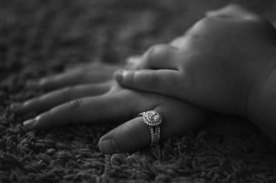 Jake and Debbie's little girl loves to try on her mom's rings :) SO precious! Click to see Debbie's gorgeous wedding set >