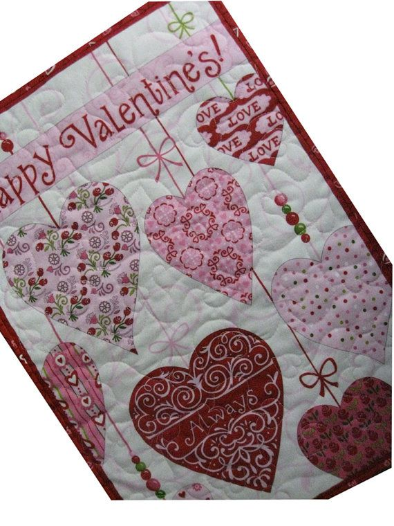 So Cute For Valentine S Day Holiday Quilts Valentines Heart Quilt
