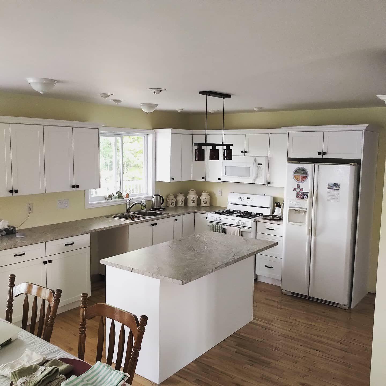 Kitchen Cabinet Doors In 2020 Gorgeous White Kitchen Kitchen Inspirations Kitchen