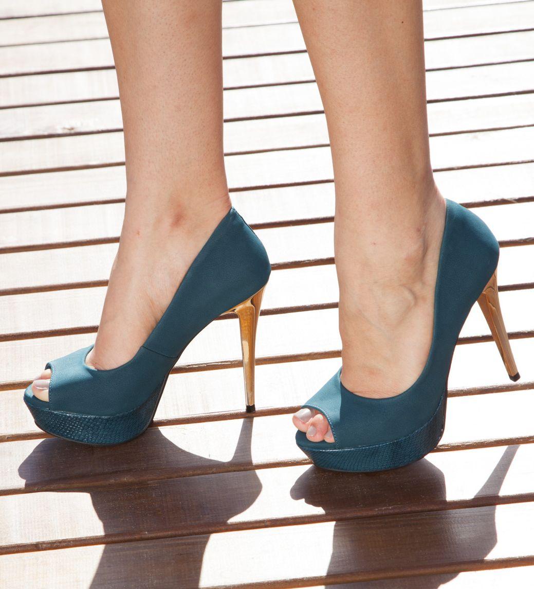 e5762cdbe3 peep toe - high heels - party shoes - colors - verde oliva - petróleo -  Inverno 2015 - Ref. 15-3001