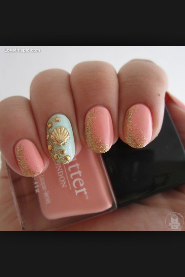 Mermaid/ Shell Nails
