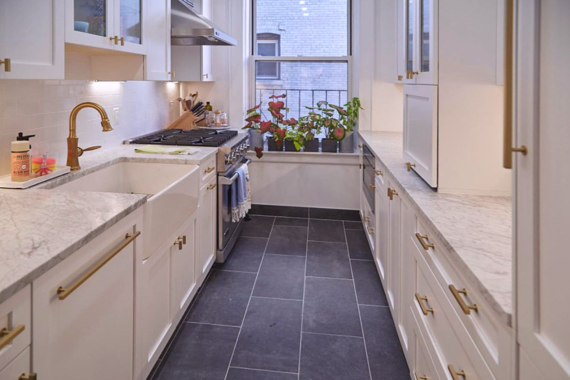 This Stunning Kitchen And Bathroom Feature UltraCraft Cabinetry And Were  Designed By The Talented Designers At New York Kitchen U0026 Bath In New York,  NY.