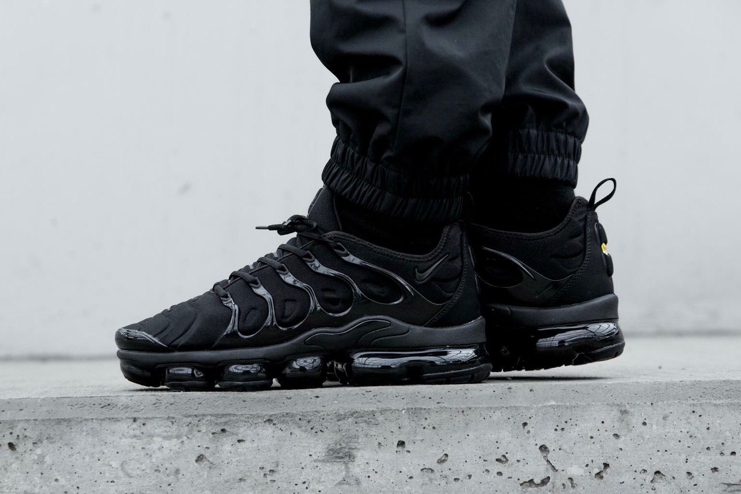 separation shoes 5f017 40645 Nike Air Vapormax Plus | Casual clothes | Nike outfits, Nike ...