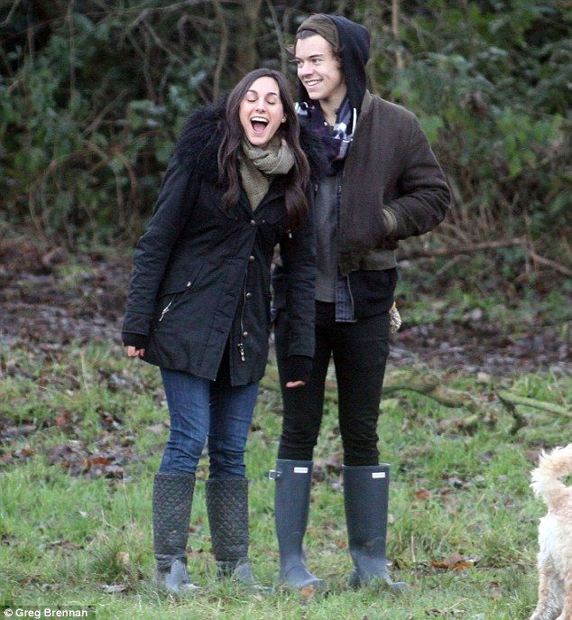 who is harry styles dating 2014 july Harry styles was dating kendall jenner from the summer of 2013 kendall jenner  is a fashion model and famous television personality.
