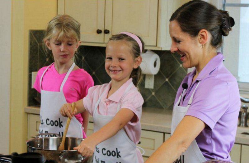 Teach Your Kids To Cook! (Free Mini-Class)