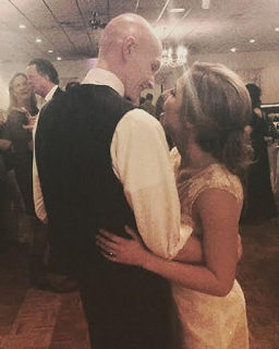 Teenager with terminal cancer marries his high school sweetheart in a ceremony paid by members of his community (photos) - http://www.thelivefeeds.com/teenager-with-terminal-cancer-marries-his-high-school-sweetheart-in-a-ceremony-paid-by-members-of-his-community-photos-2/