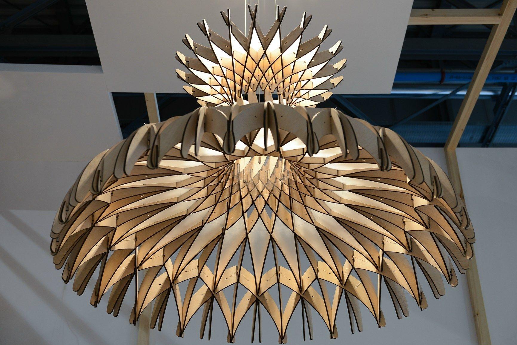 La scultura luminosa di Benedetta Tagliabue