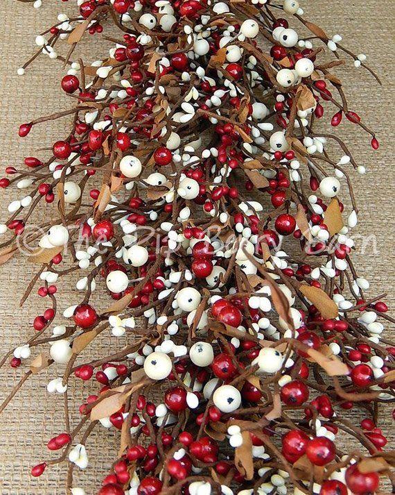 Red Cream Berry Garland Country Garland Holiday Garland Primitive Garland Holiday Swag Wreath Feliz Navidad Navidad Feliz