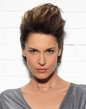 Pin By Lzzy Hale On Hair Edgy Hair Cute Hairstyles For Short Hair Brown Straight Hair