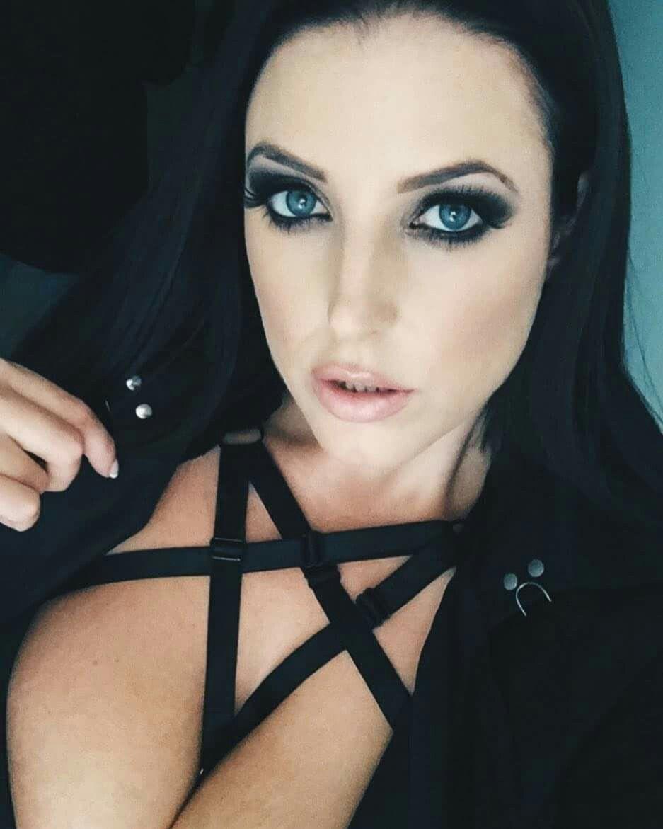 Angela White Vampire