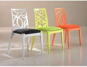 Frida sedia moderna realizzata in legno con seduta imbottita e