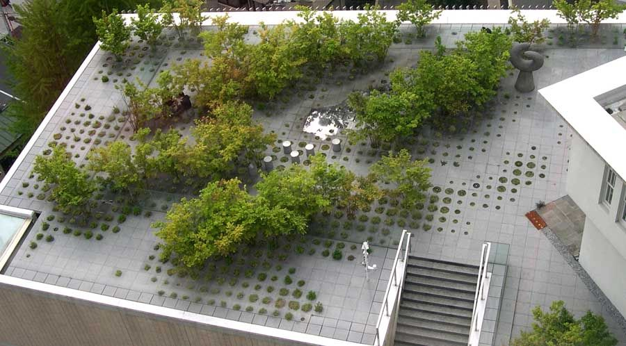 Keio university roof garden tokyo japan michel desvigne for Japanese landscape architecture