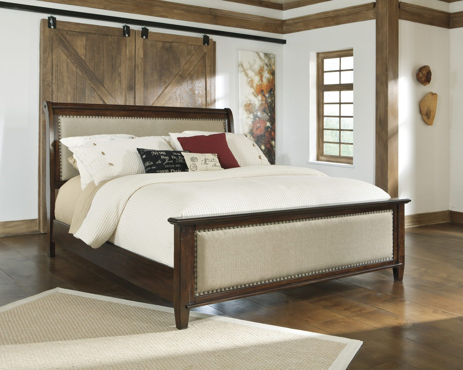Hindell Park California King Upholstered Sleigh Bed in