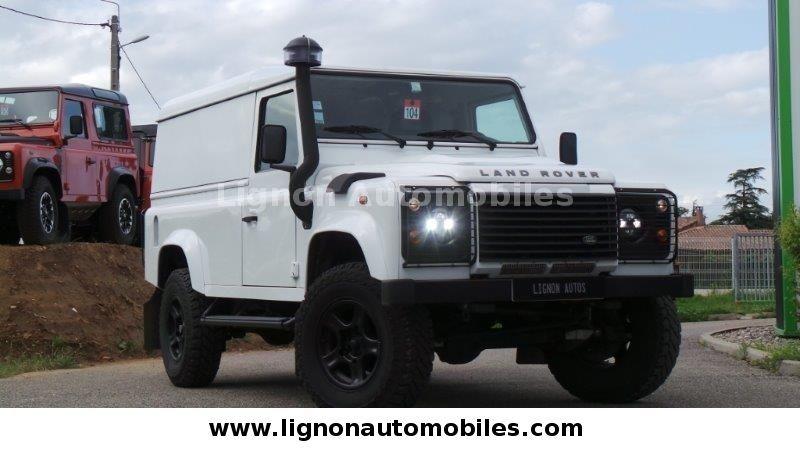 Land Rover DEFENDER 110 HARD TOP S als Geländewagen/Pickup in Fay Sur Lignon