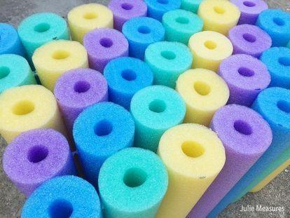 Pool Noodle Crafts #poolnoodlewreath